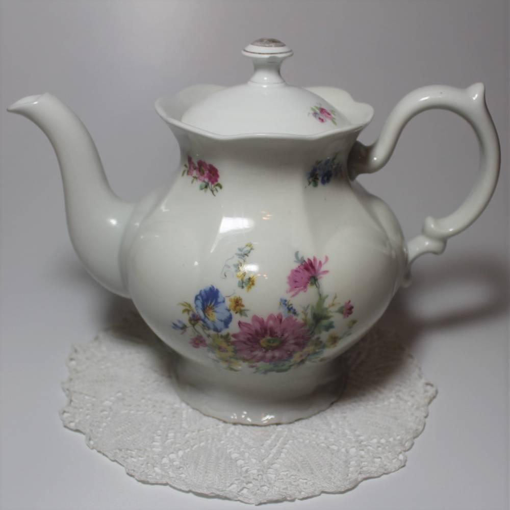 Vintage Porzellan Kaffeekanne mit Blumenmotiv Bild 1