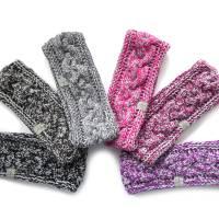 Stirnband mit Zopfmuster von Hand gestrickt aus Baumwolle zweifarbig mit hellgrau, auf Wunsch mit Fleece gefüttert Bild 1