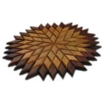 Großer Stern Sonne Energie Kraft Symbol Natur Mosaik aus Holz massiv Nussbaum Eiche Buche hangemacht Bild 3