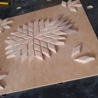 Großer Stern Sonne Energie Kraft Symbol Natur Mosaik aus Holz massiv Nussbaum Eiche Buche hangemacht Bild 9