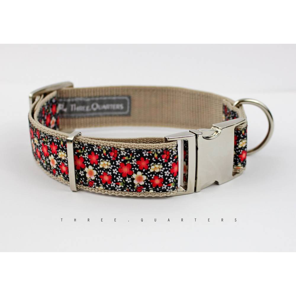 Hundehalsband, Hund, Halsband, Blumen, schwarz, rot, weiß, Blüten, edel, silber, Hunde, Welpe, modern, 30mm, Hundebesitzer, Hundeleine Bild 1