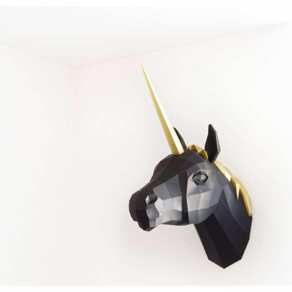Einhorn PREMIUM Schwarz / Gold Bastelbogen von Paperwolf Bild 1