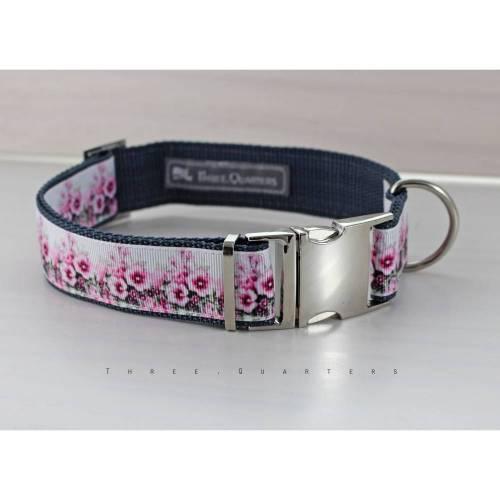 Hundehalsband, Hund, Halsband, Blumen, lila, weiß, dunkelgrau, silber, Hunde, Welpe, modern, 30mm, Blüten, Hundebesitzer, Hundeleine