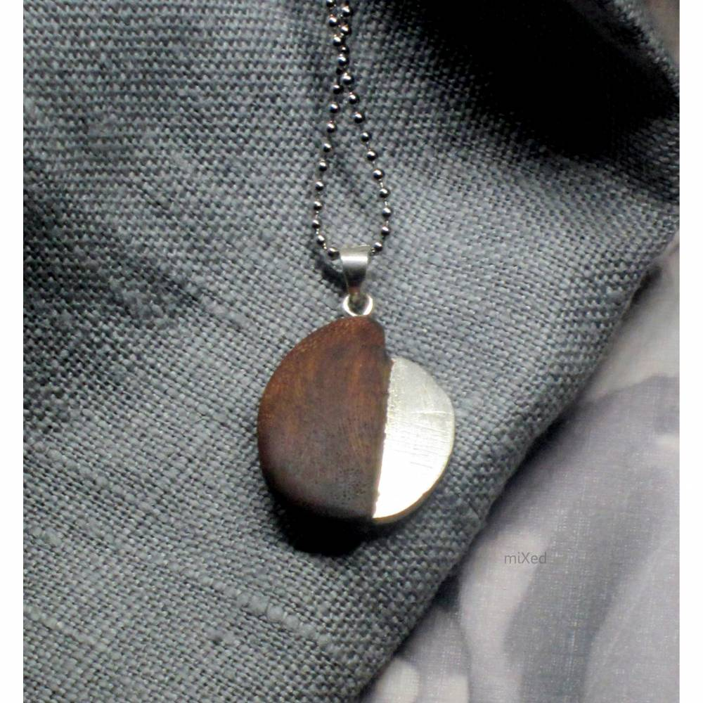 Kettenanhänger Rebenholz und Silber ovale Form Bild 1