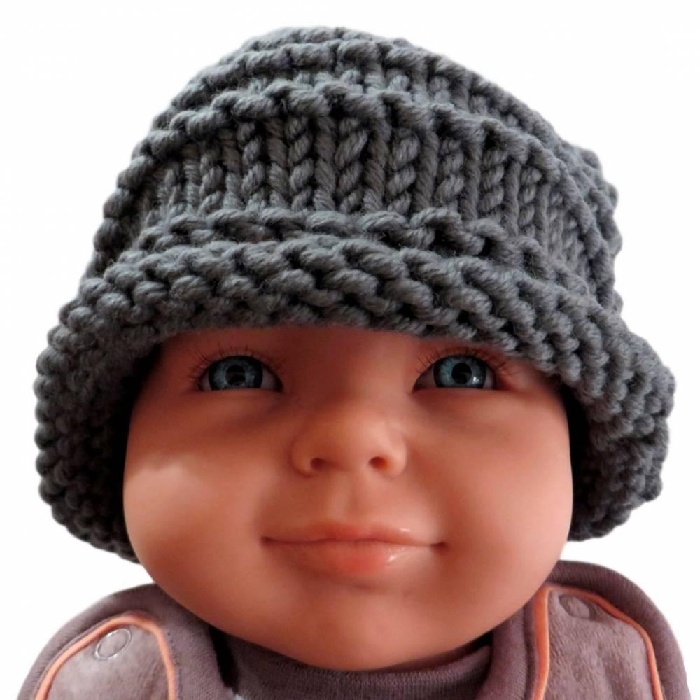 Mütze mit Rollrand Baby Kleinkind Titangrau gestrickt Wolle Polyacryl Umfang 38 cm Bild 1