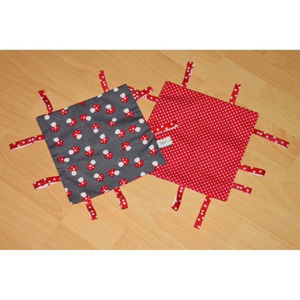 Knistertuch grau mit Pilzen / rot - weiße Pünktchen Bild 1