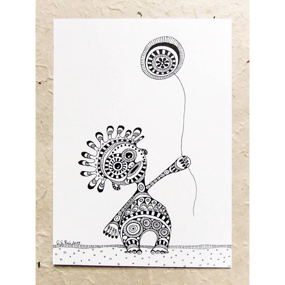 schwarz-weiß Zeichnung, Ornament-Monster mit Luftballon Bild 1