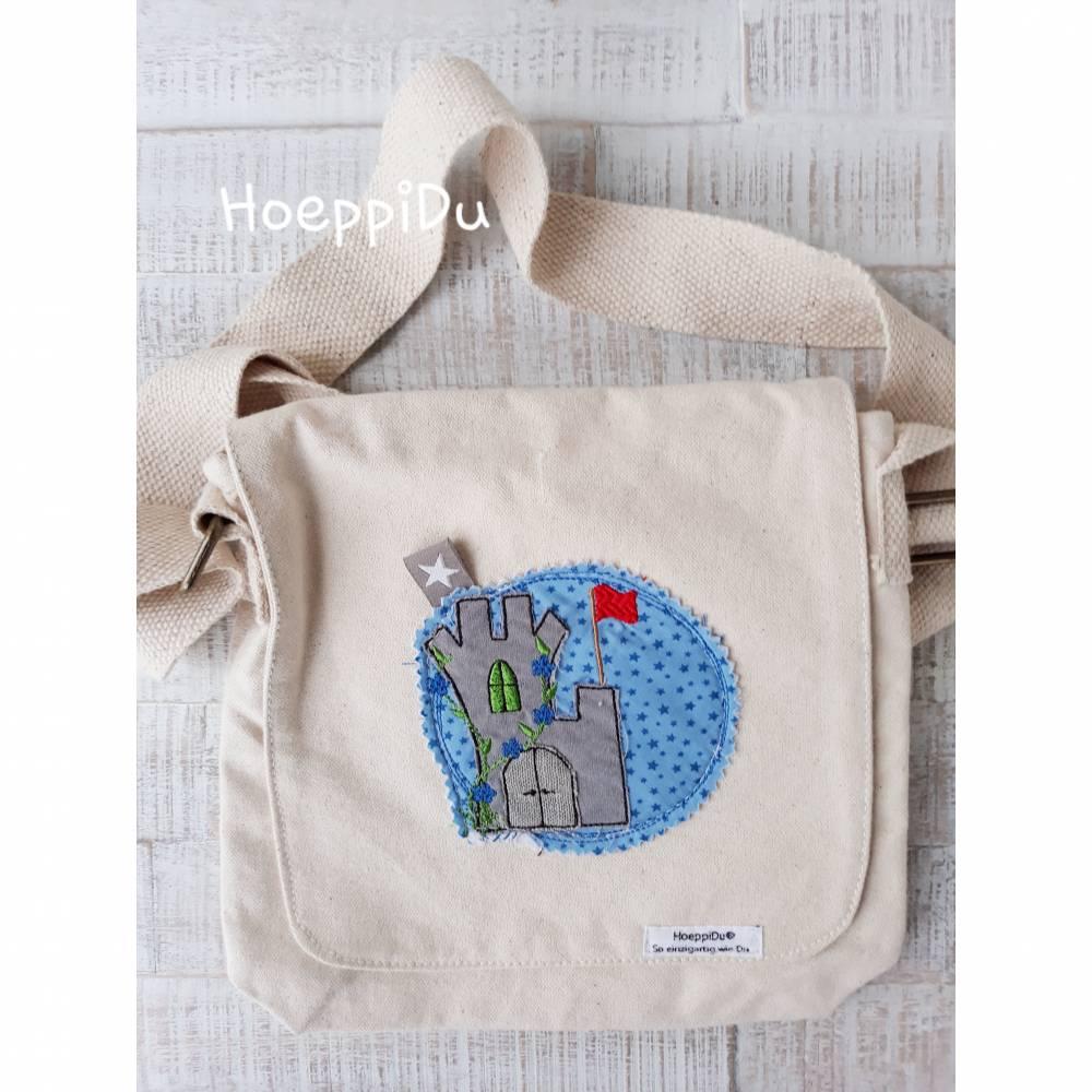 """Kindergartentasche """"Burg"""", Freizeittasche, Tasche für Kinder, mit süßer Applikation und besticktem Namen, HoeppiDu Bild 1"""