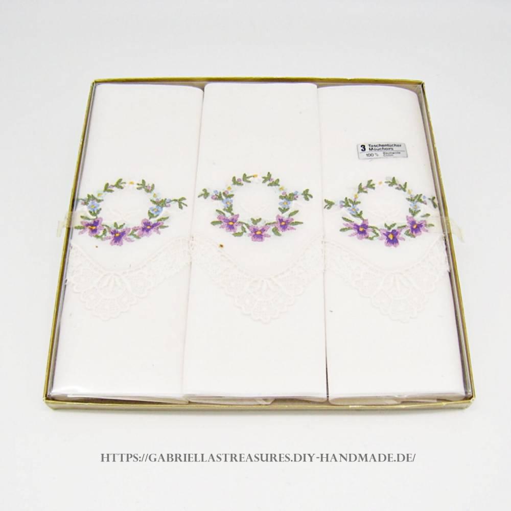 Damen Taschentücher bestickt weiß, 28x28, 3er Set, Mouchoirs, vintage, florales Stickmuster, neu&unbenutzt Bild 1