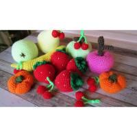 11-teiliges Set aus gehäkeltem Obst für Kinderküche und Kaufladen im Einkaufsnetz Bild 2