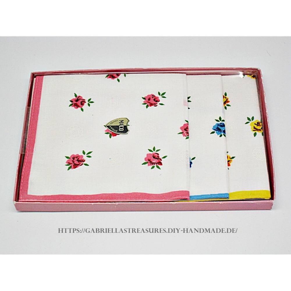 Damen Taschentücher vintage, 3er Set, dreifarbig bedruckt mit Rosen, neu&unbenutzt Bild 1