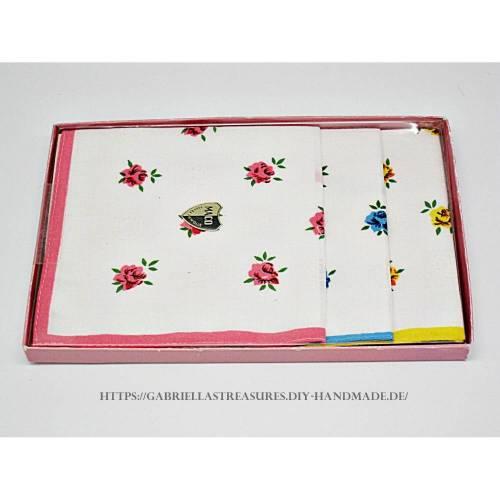 Damen Taschentücher vintage, 3er Set, dreifarbig bedruckt mit Rosen, neu&unbenutzt